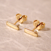 18k bar stud earrings 7mm x 2mm solid yellow gold