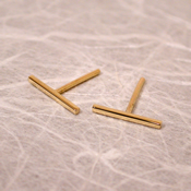 thin 18k gold bar studs